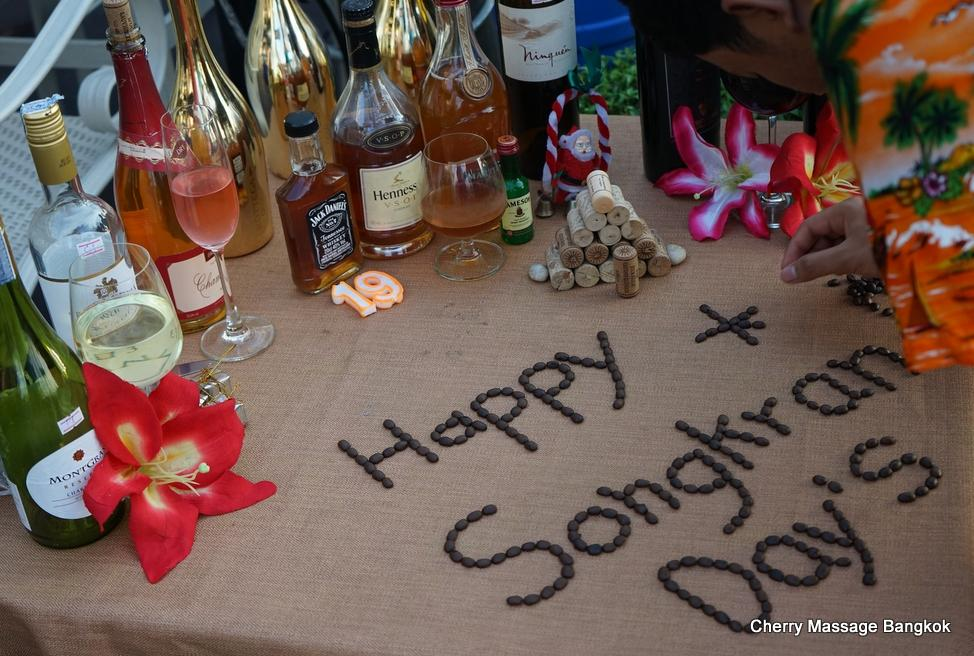 Happy Songkran days-001